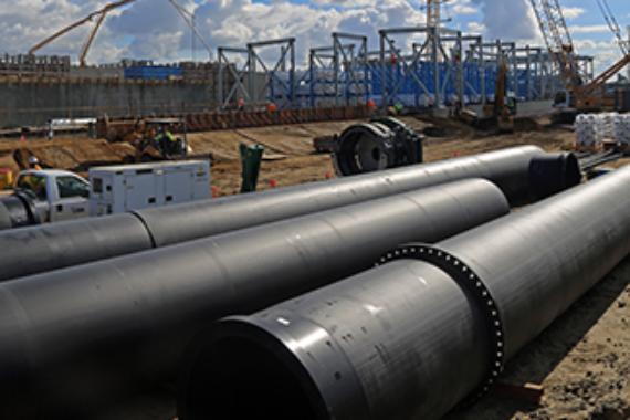 Large diameter HDPE onsite at desalination plant