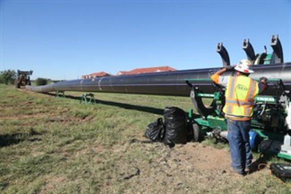 An emergency HDPE water reuse pipeline in Wichita Falls, Texas